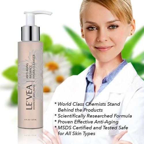 Anti-Aging Radiance Hydrating Cleanser 3